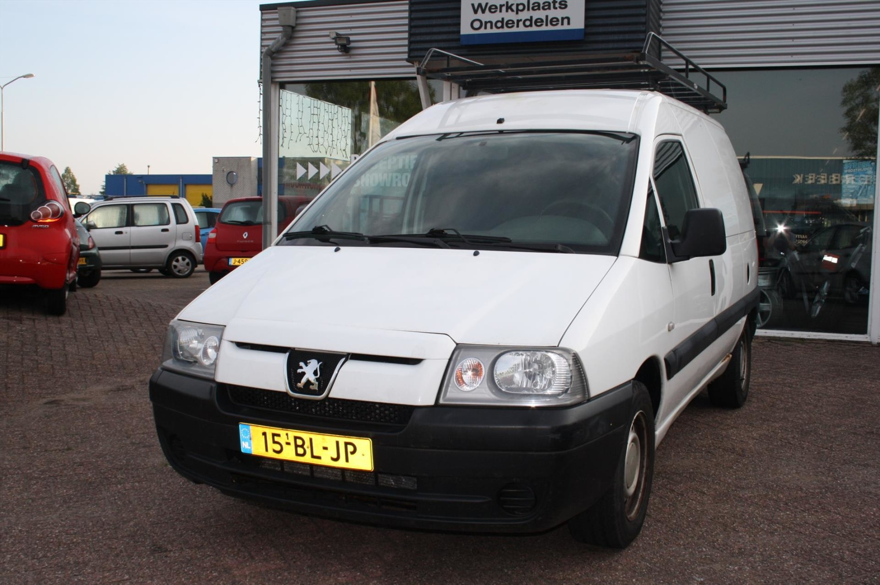 Peugeot-Expert-0