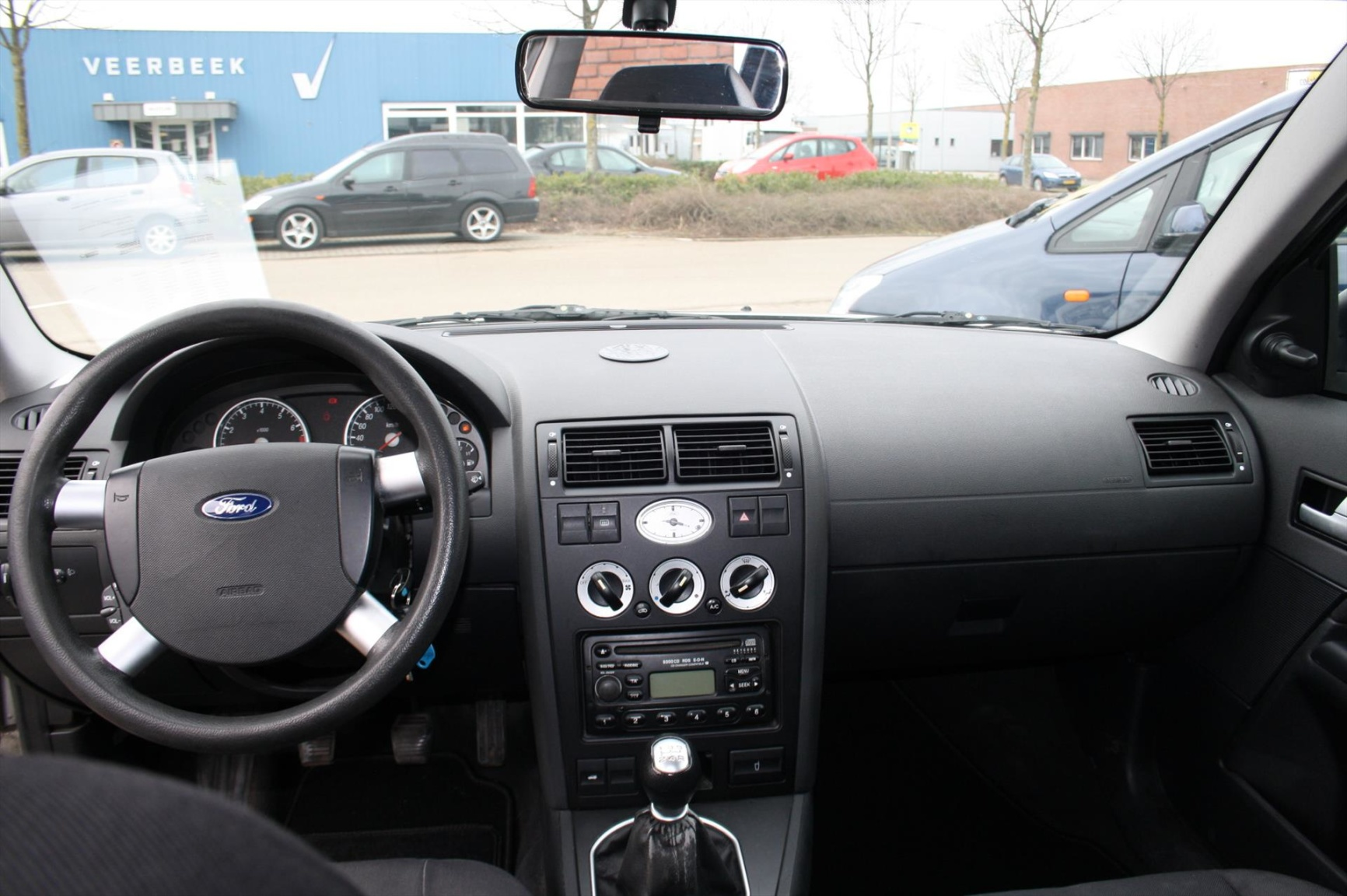 Ford-Mondeo-15