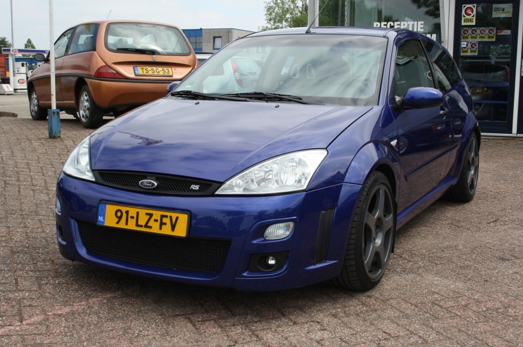 Ford-Focus-thumb