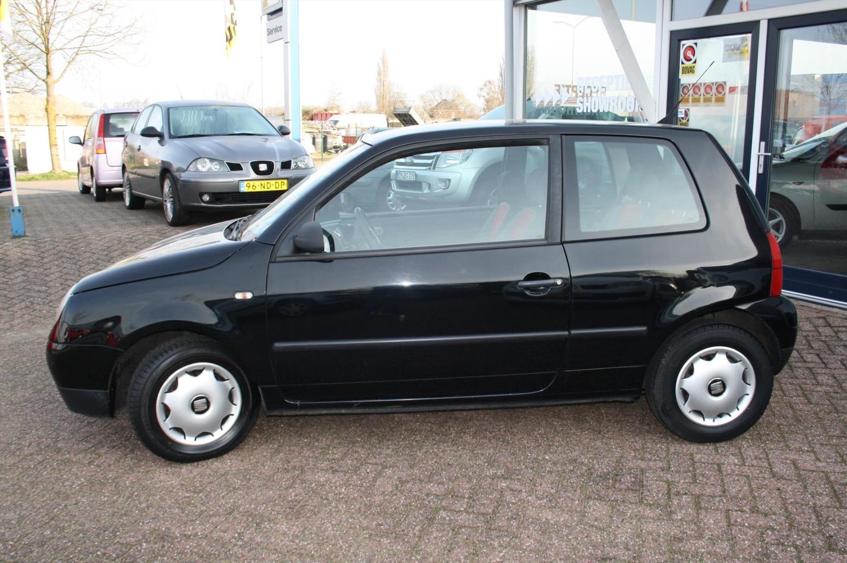 Volkswagen-Lupo-1