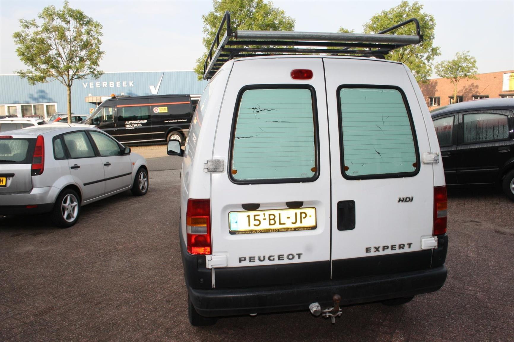 Peugeot-Expert-4