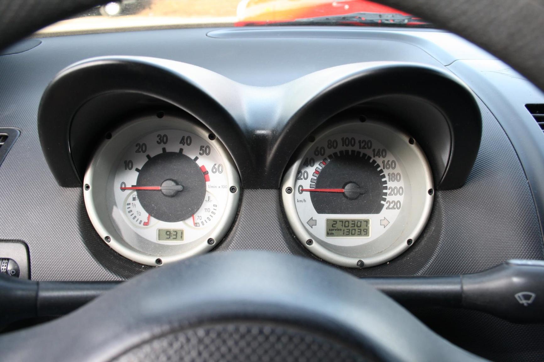 Volkswagen-Lupo-5