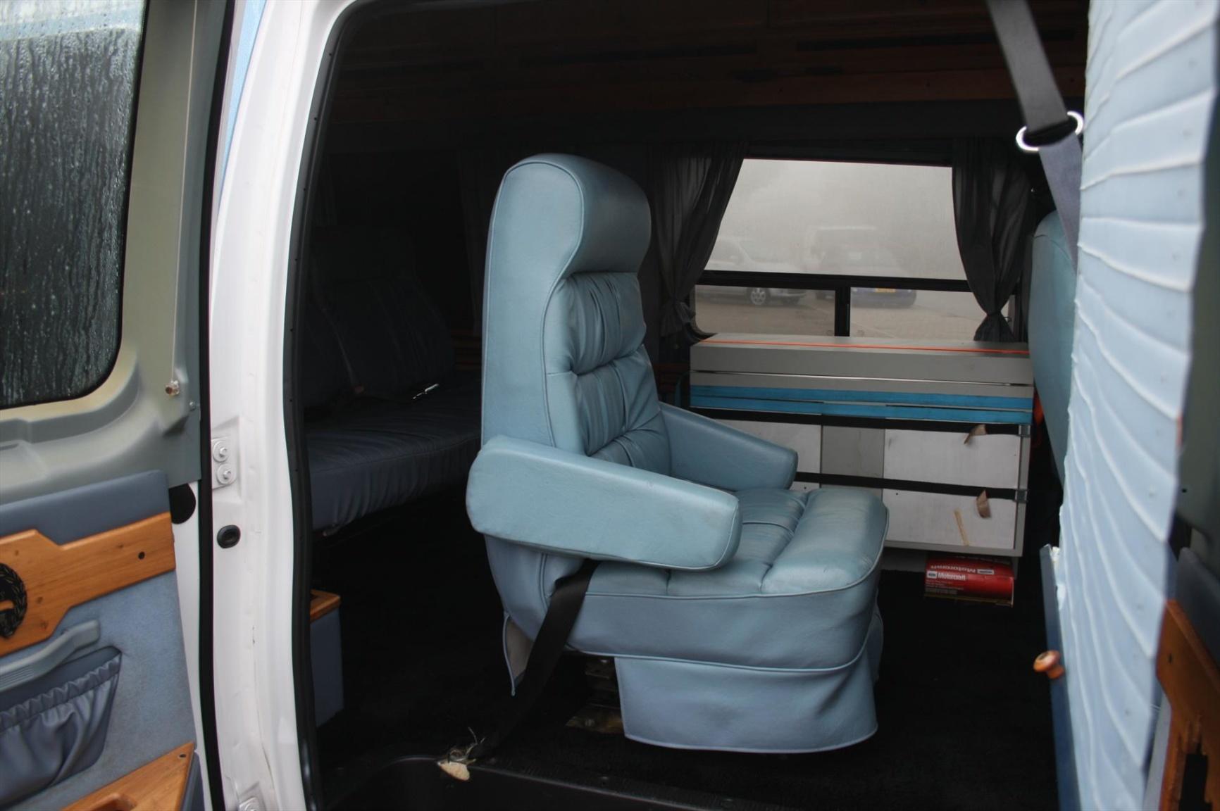 Ford-Camper-6